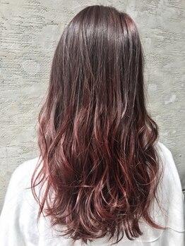 ジャム(JAM)の写真/綺麗に伸ばしていきたい方に―。JAMのカット×カラー技術で毛先まで艶のある憧れの美髪ロングヘアをゲット!