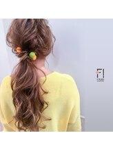 ヘアーメイクアンドネイル エフプラス(hairmake&nail F PLUS)【F PLUS!-エフプラス-】ローポニーテール