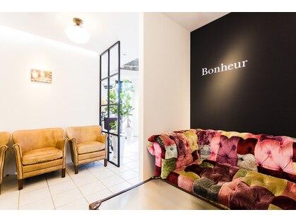 ボヌール 梅田店(Bonheur)の写真