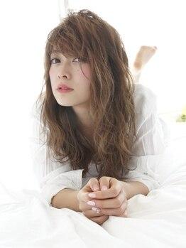 エミュー(emue)の写真/《個室の夢シャン》でゆったりくつろげる☆ヘッドスパをして日頃の疲れを癒しましょう!