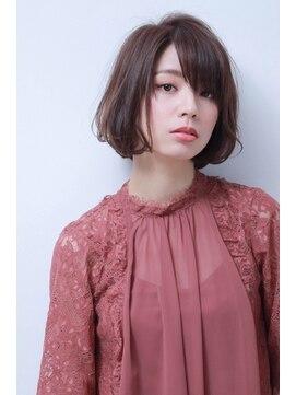 コンプライス 中百舌鳥店(complice)Luciaカラー☆ナチュラルルーズボブ☆