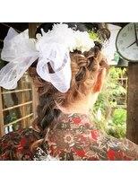 テントヘアー(tent hair)ゆるふわ三つ編みアレンジ♪