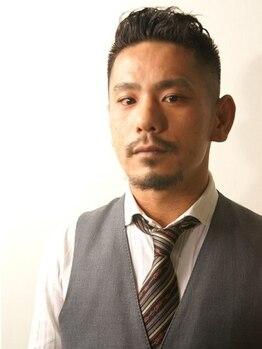 ロイヤルマン 梅田(ROYAL MAN)の写真/メンズ専門店だからこそ確かな技術!実力派Stylistが髪だけでなく眉、ひげも整えてくれる。