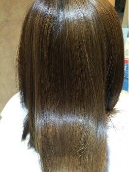 ルレリンク(Le RelinQue)の写真/特許所得のCTFカラーや89%天然由来成分のカラーを使用☆肌の弱い方でもOK!潤いと輝きに満ちた美髪に♪