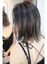 ジャコ ヘアー(jako HAIR)切りっぱなしボブグラデーションカラーグレージュレイヤーボブ