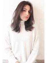 ウィービーパセリ(webeparsley by Johji Group)外国人風ヴェールカラーで柔らかく透明感のあるヘア(妹尾祐紀)