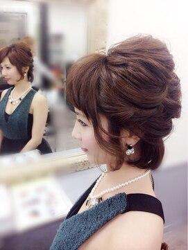 結婚式の髪型(ボブショートヘアスタイル)  ショートアレンジハーフ