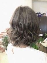 ヘアー ドレッシング ラビス(Hair Dressing Lovis)ミルクティグレージュ