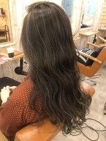 ロア ヘアーコーディネイト 烏丸店(LoRE hair coordinate)グレーアッシュハイライト