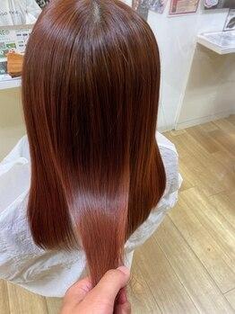 ポイントファイブバイソレイユ(.5 by SOLEIL)の写真/根本から毛先までまっすぐなのに柔らかい手触りが◎国内最高級の薬剤使用『縮毛矯正』は髪質改善効果も♪