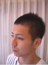ヘアーリメイク マイ(hair remake Mai)極短ソフトモヒシルエットのスタイリッシュボウズ