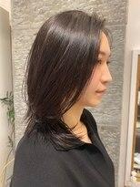 センスヘア(SENSE Hair)ストレートレイヤーミディアム