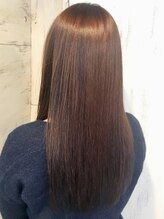 ヘアーアンドメイク シークタチカワ 立川店(Hair&Make Seek)