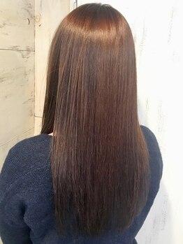 ヘアーアンドメイク シークタチカワ 立川店(Hair&Make Seek)の写真/【髪質改善】パサつき・広がり・クセのお悩みを縮毛矯正で改善!Aujuaで徹底ケアするから圧倒的ツヤ髪に!