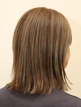 ヘアーサロン アドア(Hair Salon adoa)の写真/厳選された高品質の薬剤&高い技術力でダメージを受けた髪も美しい髪に…♪プライベート商品もご用意◎