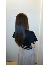 ヘアー デザイン シダー(HAIR DESIGN CEDAR)艶髪ストレート