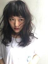 バロン 新宿店(baLon.)ワイドカール×黒髪×ショートバング×白T