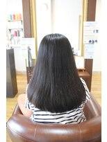 髪質改善【Mu-te】でまとまりやすい柔らかい質感のロングヘアー