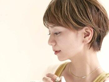 ジュール 銀座 ヘアラウンジ(Joule Hair Lounge)の写真/【白髪染め+ハイライト¥9480】暗い白髪染めはもう終わり!今はハイライトで白髪を活かすのが◎[銀座]