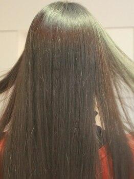テットアテットアンジュ(TETE A TETE ange)の写真/【クセストパーR】キューティクルを傷つけない施術で驚きのツヤ髪に★カラーやパーマと同時施術も可能◎