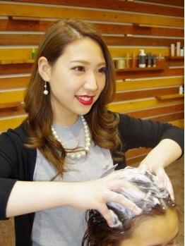 ナカオコアフュール(NAKAO COIFFURE)の写真/髪・頭皮の悩みに合わせたオーダーメイドの[シャンプー/ブロー 30分/1944円]はリピート率80%の人気MENU☆