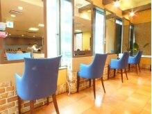 オルッオル 湘南台店(OLU OLU)の雰囲気(2階に位置しているので、窓側でも人目が気になりません!)