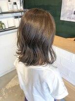 アミィヘアー(Ami Hair)切りっぱなし外ハネボブ×アッシュベージュ