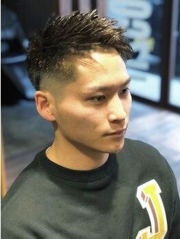 キングズバーバーショップ ツービッツ(King's Barbershop 2-bits)の写真/【下中野◇22時まで営業】気軽に通える人気Barbershop。<男性Cut+うなじ剃り+頭皮ケアShampoo 新規¥2800>