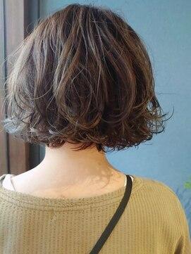 クブヘアー(kubu hair)《Kubu hair》透明感簡単スタイリングボブ