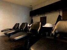 エマン ヘアアンドトリートメント(AIMANT Hair&Treatment)の雰囲気(spa&treatmentブース/業界最高級フルフラットシャンプー台完備☆)