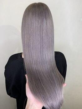 ラピス 千葉(Lapis)の写真/Lapis千葉店OPEN☆ハイトーンもグラデーションもツヤっとした美髪に仕上がる上質トリートメントが大人気!