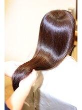 美しい髪づくりは頭皮から