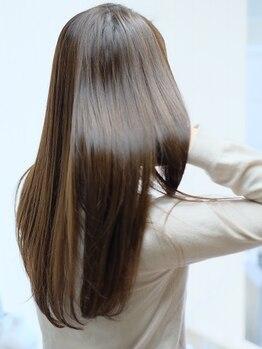 アルーア サッポロ(ALURE sapporo)の写真/エイジング毛やクセ毛で諦めていた髪を自然なストレートにするのはもちろん、やわらかでツヤツヤな質感に♪