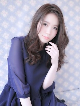 ラ ブレス 心斎橋(La Bless)大人かわいい☆小顔スポンテニアスカール
