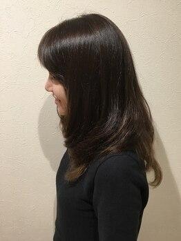 ラテール ヘアー(la terre hair)の写真/[駐車場完備]こだわりのトリートメントで贅沢ケアを。毛先までしなやかにまとまり、艶と潤い溢れる美髪へ♪