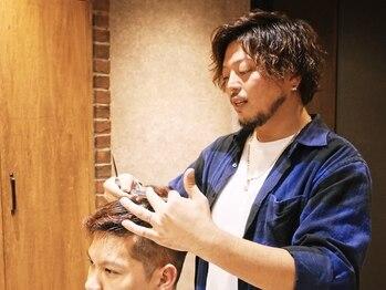 ロバーツヘアー 日野店の写真/男性のヘアスタイルの悩みを解決!デザイン力と再現性でセットも楽。清潔感のあるスタイルを。<理容室>