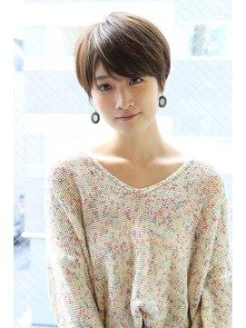 レウナ 外苑前(Reuna)【30代・40代】大人の女性に人気のひし形ショート