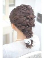 リサ 恵比寿(risa.)ミディアムヘアの編み下ろし