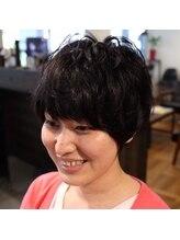 ヘアプロデュースハイドアウト(hair produce hydeout)ハンサム×キュート×ショート