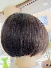 ネス(NESS)毛量が多く硬い髪質の方のグラデーションボブのマージュカラー