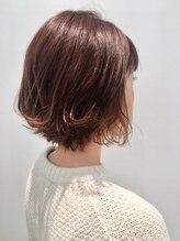 ボンド ヘア デザイン(BOND HAIR DESIGN)ルーズなパーマで大人スタイル
