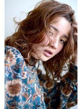 curly hair perm style l010688704 グリーン 渋谷 green のヘア