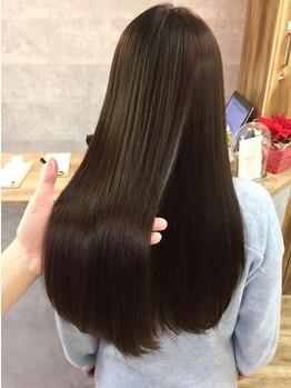 ナチュラルリーフ 仙台駅前店(Natural leaf)の写真/「まるで自分の髪じゃない」ような自分史上最高の美髪を叶える髪質改善トリートメントケア。SNSも要Check!