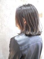 ノエル ヘアー アトリエ(Noele hair atelier)30代40代におすすめ!耳かけ外はねミディ☆