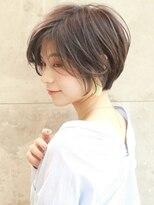 アンド ストーリーズ 表参道(&STORIES)大人かわいい 前髪なし 耳掛けショート ショートヘア パーマ