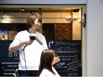 """ヘアーサロン ブラァー エ コモ マイ(HAIR SALON BRAH e komo mai)の写真/ひとりひとりの思い描く""""なりたい""""をしっかり引き出し、お応えします☆毎朝のセットも、もう悩まない!!"""