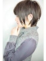 【morio鶴瀬】大人かわいい耳かけ黒髪ショートレイヤー
