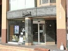 ホシカワ 美容室(Hoshikawa)の雰囲気(《熊谷駅徒歩8分/星川通り》無料駐車場も完備しております。)