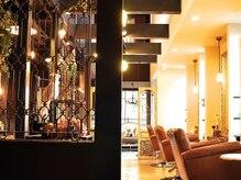 ユーフォリア(Euphoria)の雰囲気(アンティーク家具等が並ぶ空間で自分だけのリラックスタイム。)