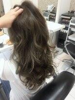 ヘアーデザインムーヴ(Hair design MOVE)#カーキ#ハイライト#バレイヤージュ#オフィスOK#秋冬#大人女子